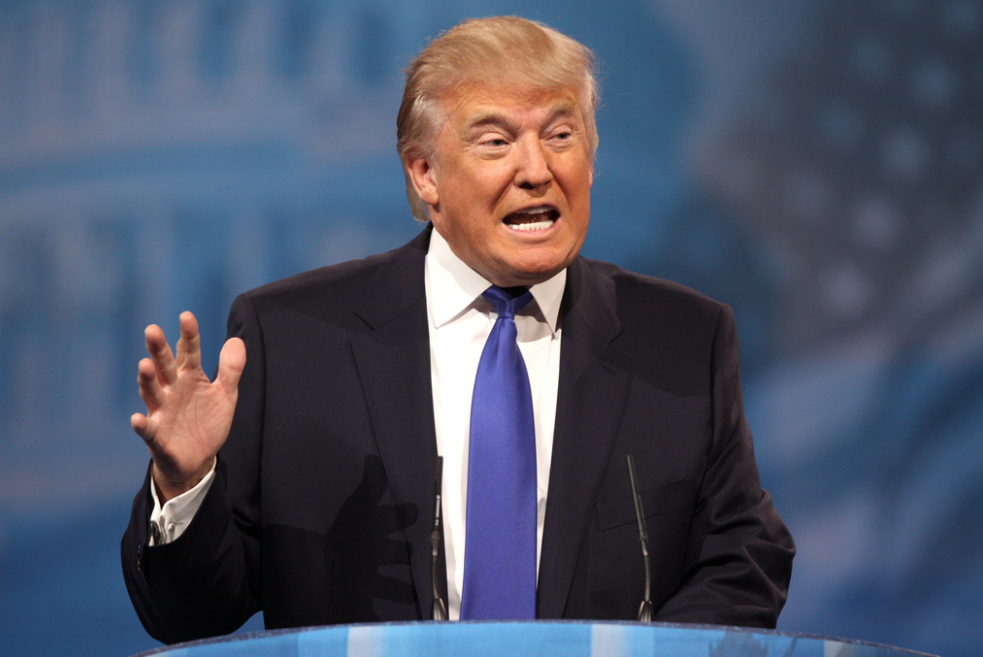 Трамп назвал BuzzFeed «кучей мусора»
