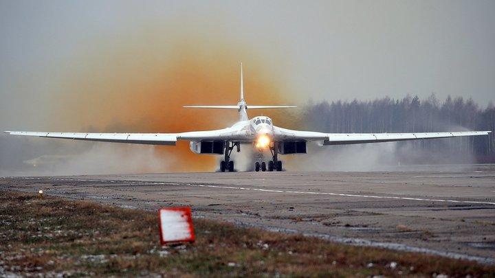 """Тройной форсаж, японский дрифт: """"Устаревшие"""" Ту-160 обогнали американские истребители"""