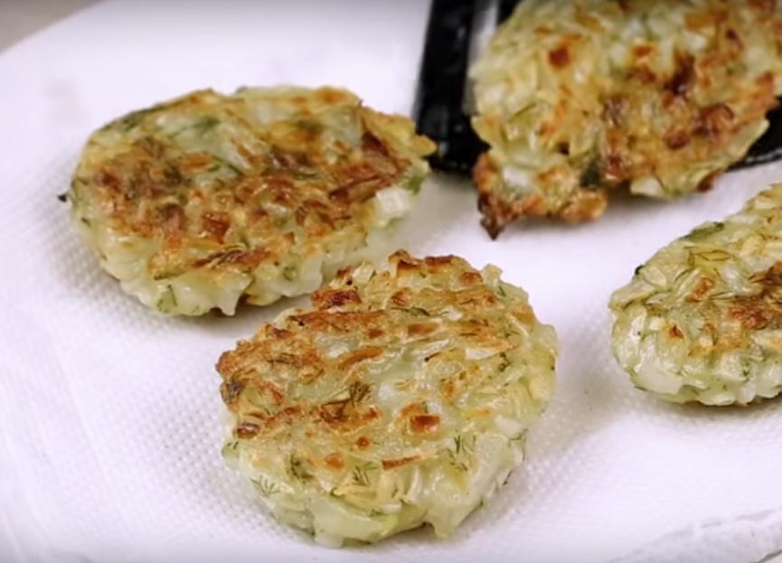 Вкусная идея для обеда (ужина) - луковые котлетки