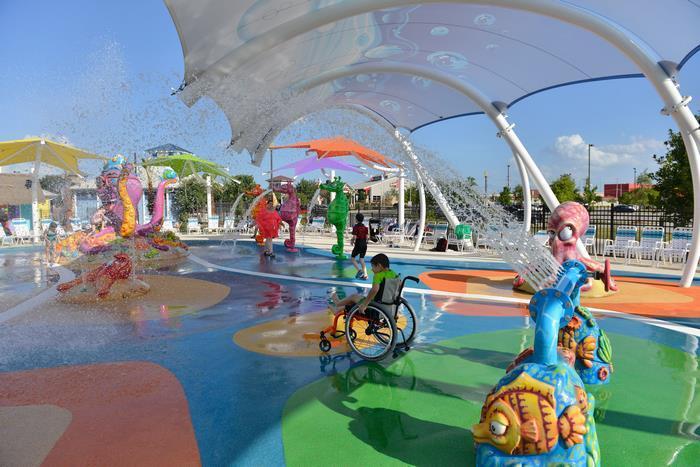 Инклюзивный аквапарк для детей с особыми потребностями.