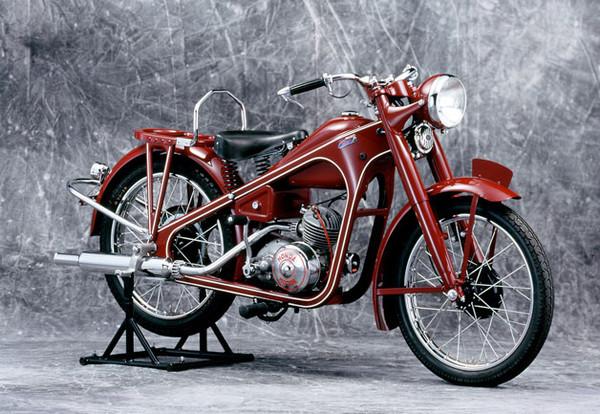Honda выпустила 300-миллионный мотоцикл - Фото 1