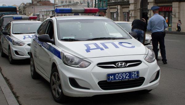 Экипаж ДПС сбил девушку на пешеходном переходе в Москве