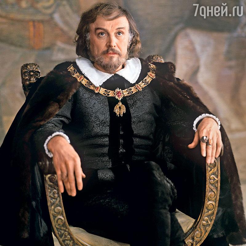 Иннокентий Смоктуновский: «Мне здесь в театре все завидуют»