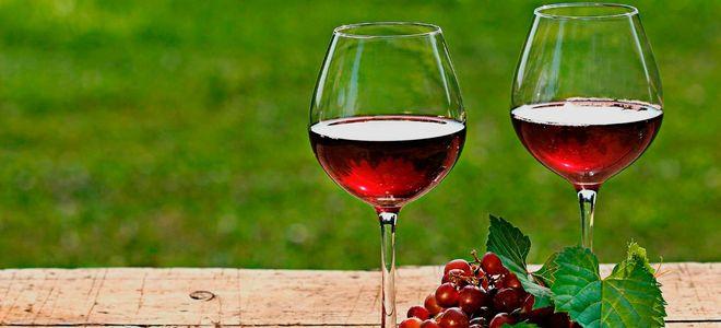 Вино из смородины.