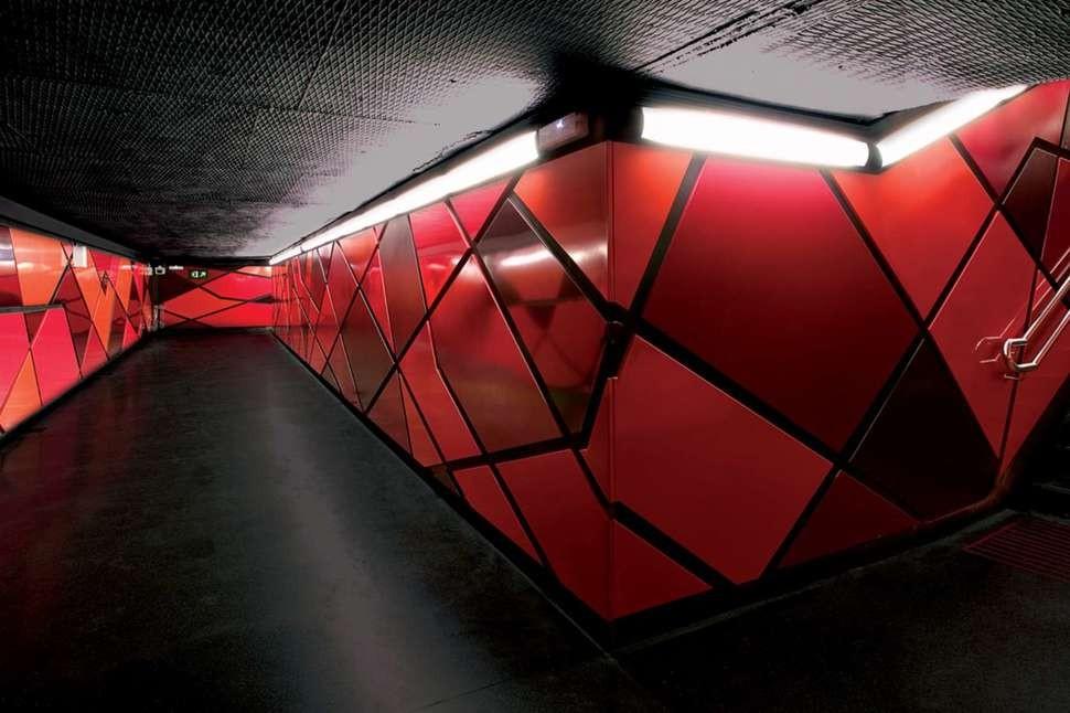 MetroStations36 17 самых волшебных станций метро со всего мира