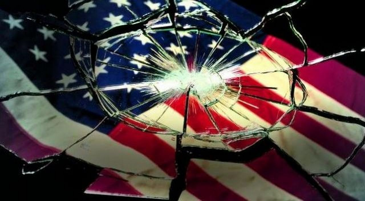 Коротко о главном — Америка падает. Александр Роджерс