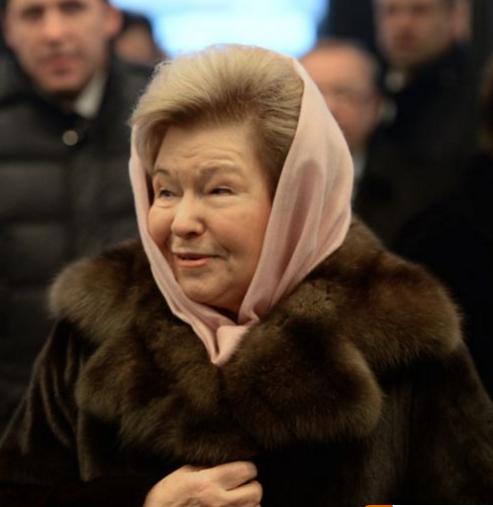 """"""" 90-е годы надо называть не лихими, а святыми..."""" считает Наина Ельцина"""