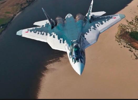 Министерство обороны России впервые показали полет Су-57 в Сирии