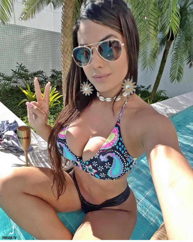 Грудастые милашки из Бразилии