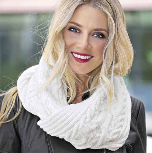 шарф-петля со структурным узором