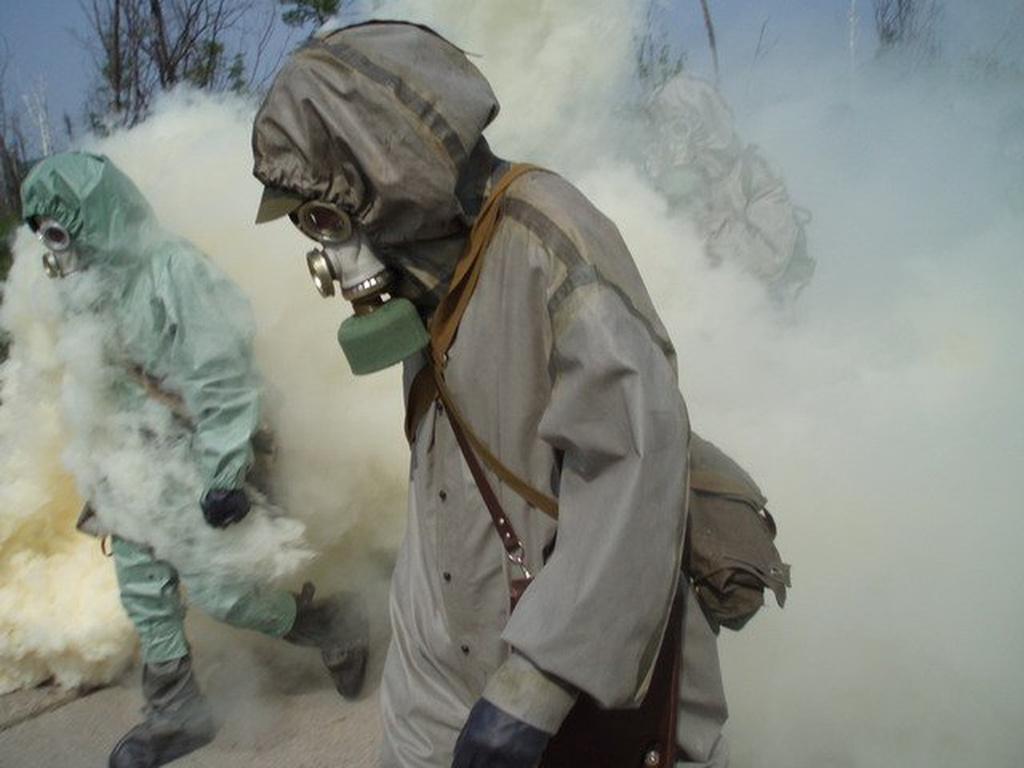 Оккупанты свезли химические …