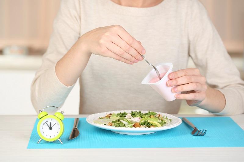 Как придерживаться интервальной диеты