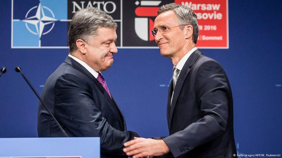 Порошенко намерен  провести референдум о вступлении в НАТО... на очереди зарплаты в 5000 евро