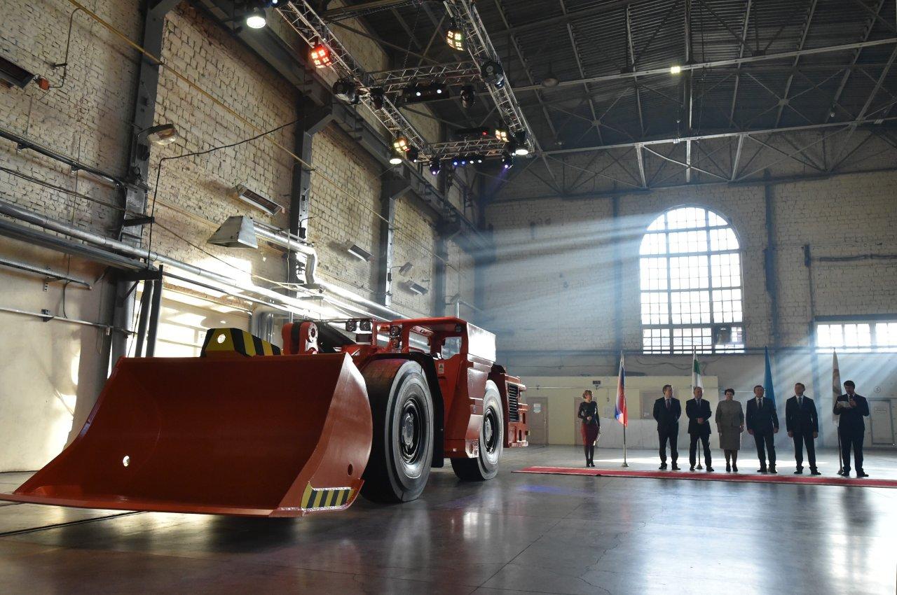 Замена Caterpillar: машиностроение РФ готовит новую линейку шахтных машин