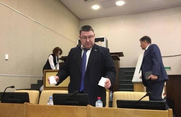 Депутат рассказал об отсутствии в Госдуме случайных людей