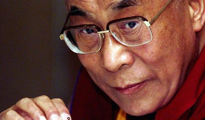 Далай-лама: как защитить себя от 6 воров энергии