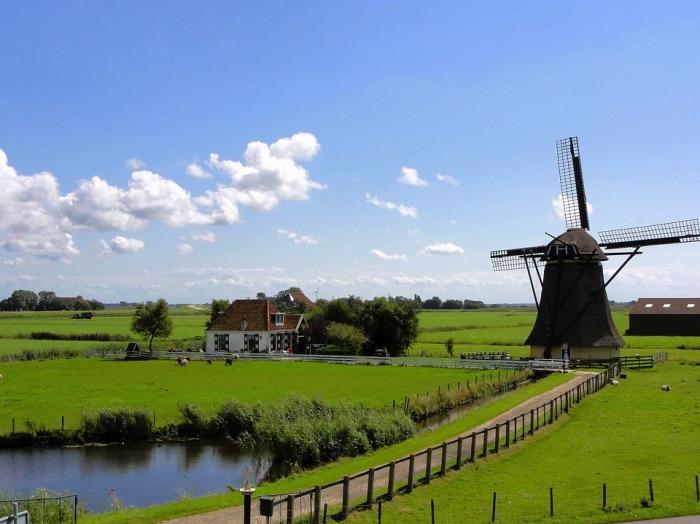 Нидерланды - страна для пенсионеров-интеллектуалов.