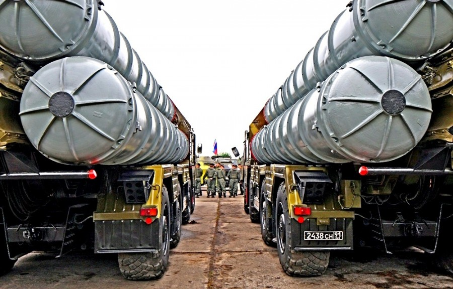 Россия готова задействовать С-400 против американцев