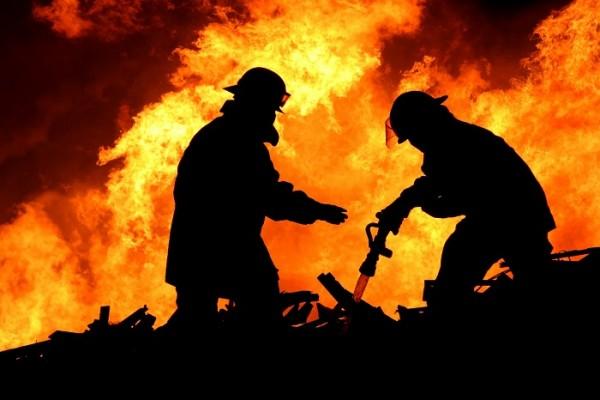 ЧП в Крыму: горели дома и машина