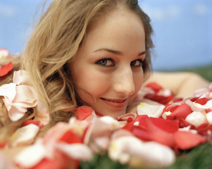 Лили Собески  в фотосессии Роуз Петал