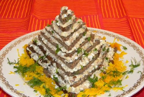 """Картинки по запросу Закусочный торт """"Египетская пирамида""""."""