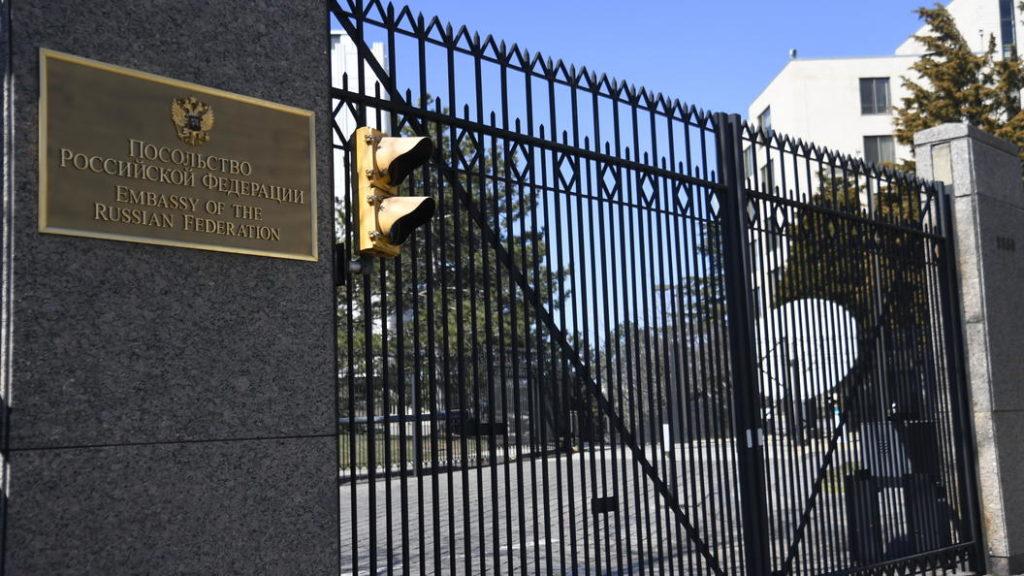 В шоке будете только вы: Британским СМИ объяснили, что в России думают о высылке дипломатов