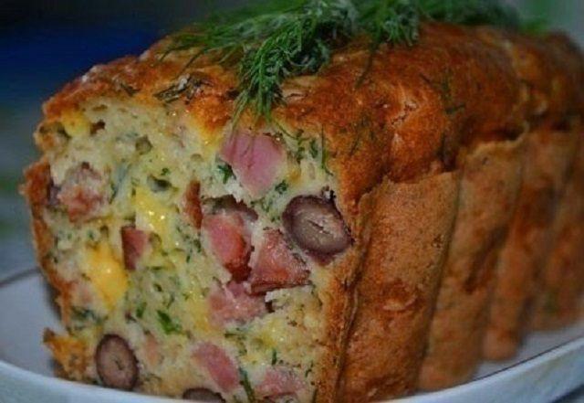 Мясной кекс с фасолью и сыром — прекрасное дополнение к завтраку!