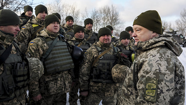 Порошенко заявил, что Украина способна дать отпор любой армии,даже российской