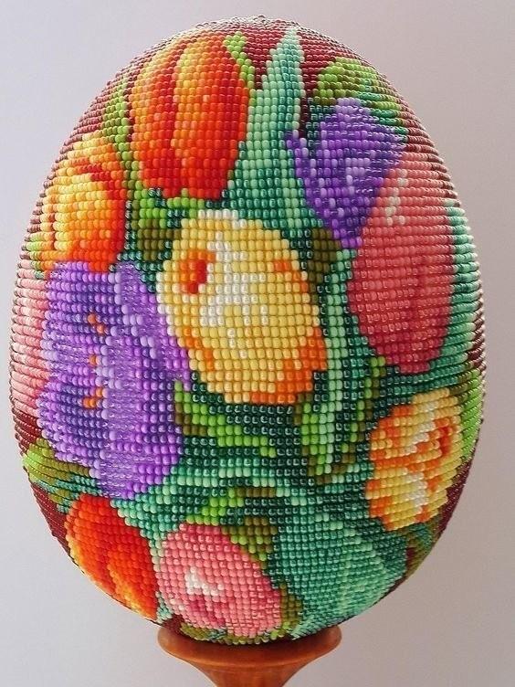 Яйца, оплетенные бисером. Красота!