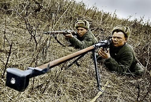 Советская пехота против танков