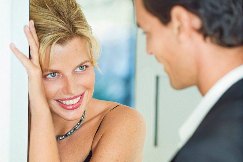Учёные разгадали тайну оценивающего взгляда мужчин и женщин