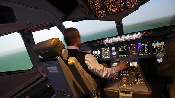 Для российских самолетов создали технологию синтезированного видения