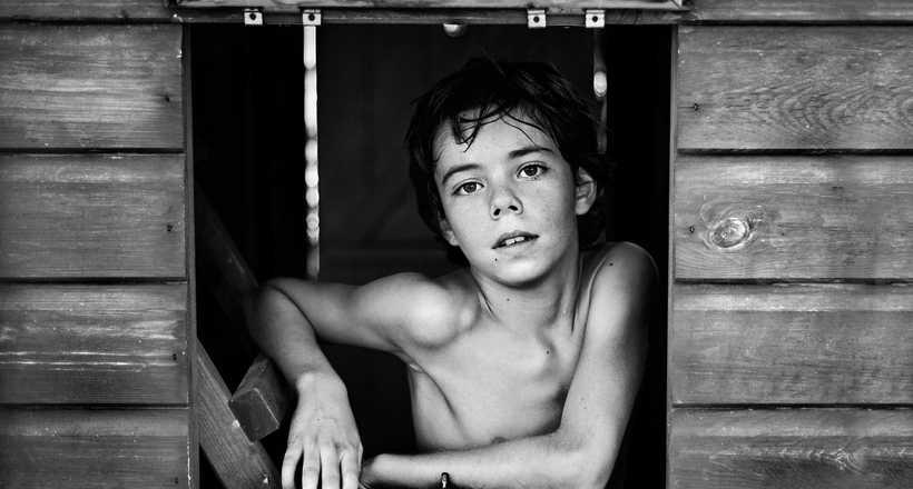 12 бесподобных фото с конкурса B&W Child о том, как видят