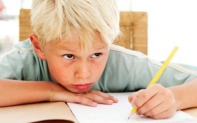 4 способа усадить ребенка за уроки без нервов: гениальные советы психолога