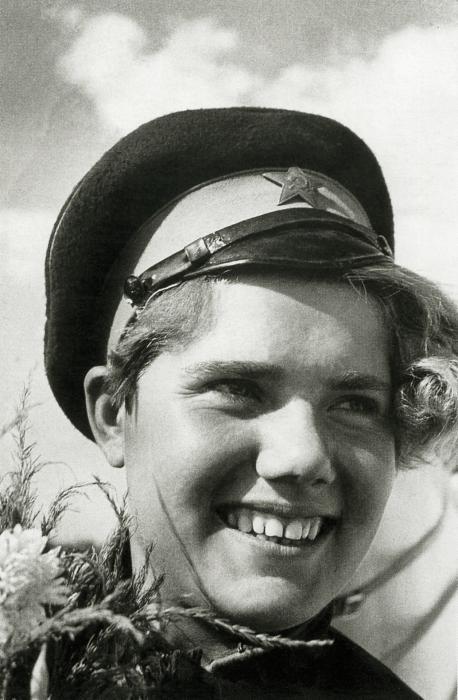 Основоположник советского фоторепортажа - Борис Игнатович. Избранное