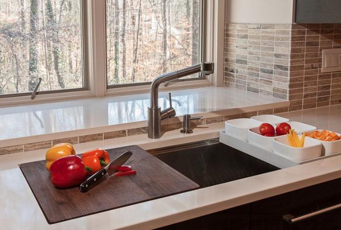 Отличные идеи по обустройству маленьких кухонь