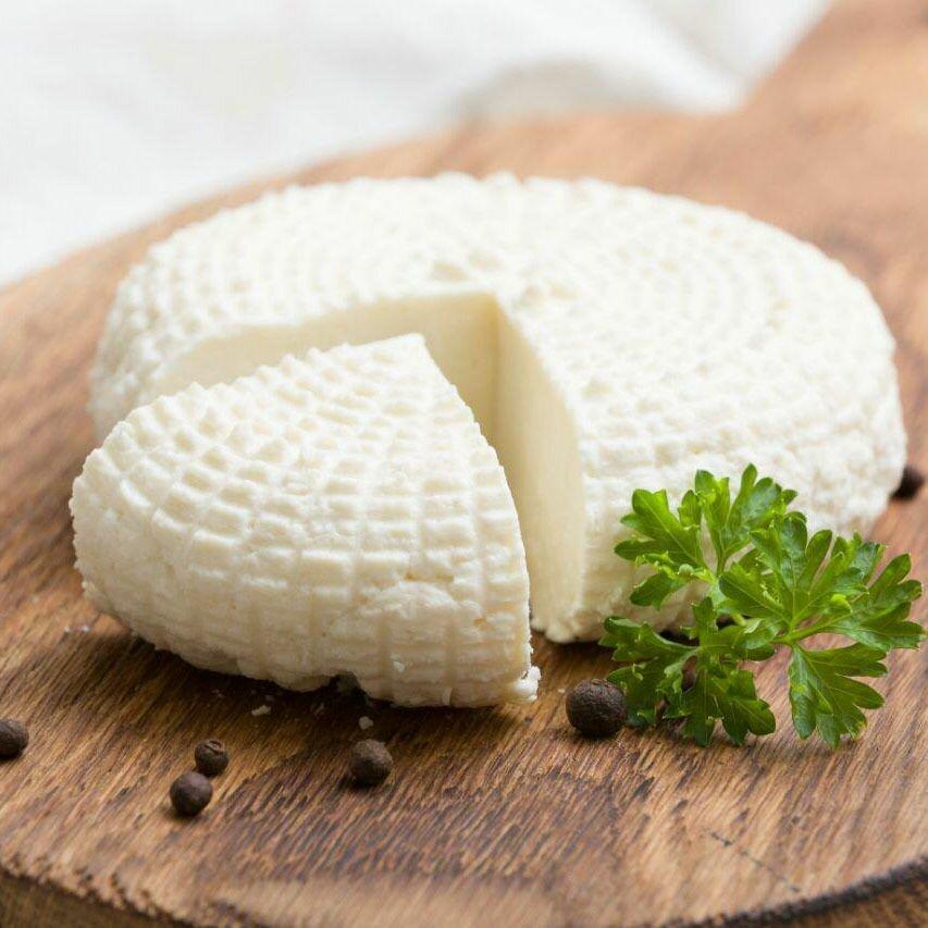 Домашний адыгейский сыр (Homemade Adyghe cheese)