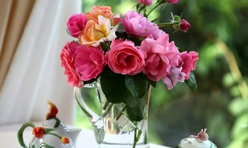 10 крутых трюков которые помогут надолго сохранить свежесть цветов в вазе