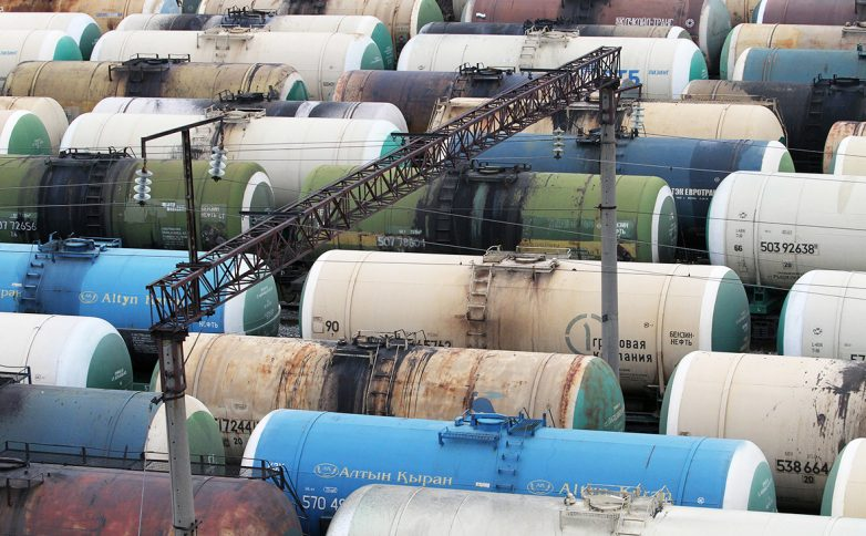 СМИ узнали о «контрабандистском» маршруте поставок нефти из России в КНДР