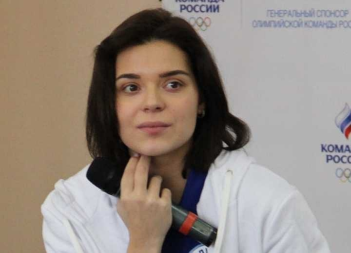 Аделине Сотниковой предстоит долгая реабилитация после операции, сообщил её агент