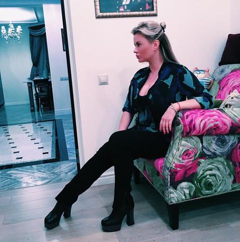 Анна Семенович резко поседела