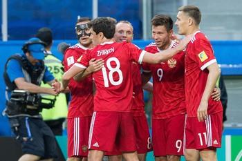 Сборная России обыграла новозеландцев в стартовом матче Кубка конфедераций