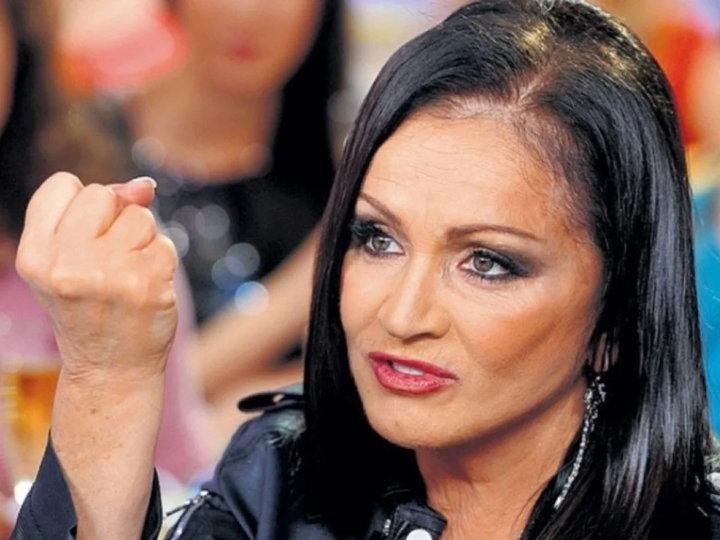 У Софии Ротару погрозили судом тем, кто не хочет видеть её на российской сцене