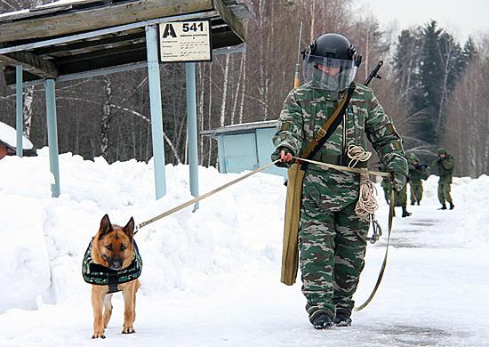 На оснащение инженерно-саперного батальона ЮВО поступили новейшие защитные костюмы