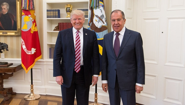 Трамп мог рассказать Лаврову опланах ДАИШ взорвать самолет: СМИ