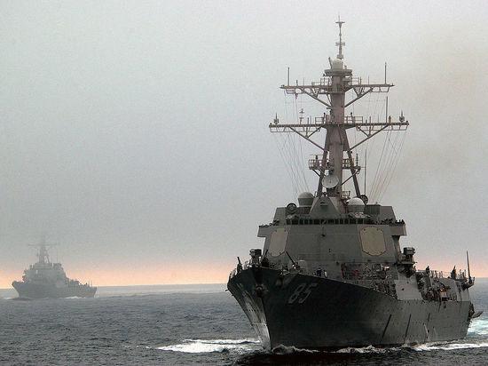 Американский эсминец намеренно приблизился к российской базе ТОФ