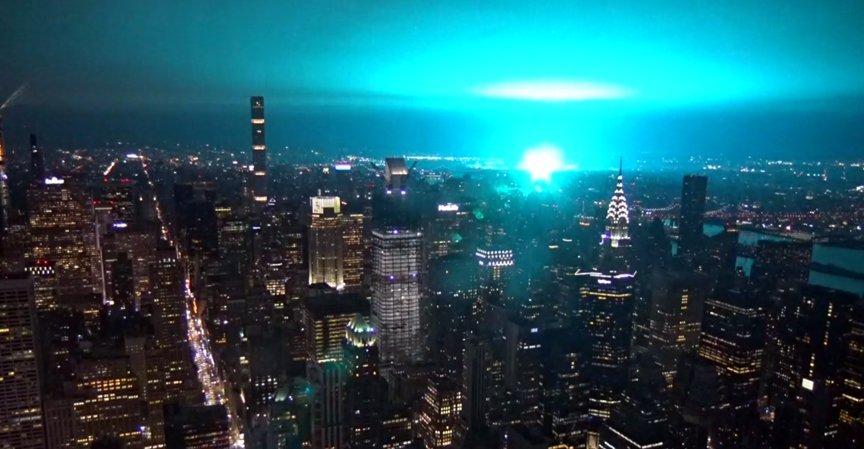 Россия запустила НЛО на Нью-Йорк
