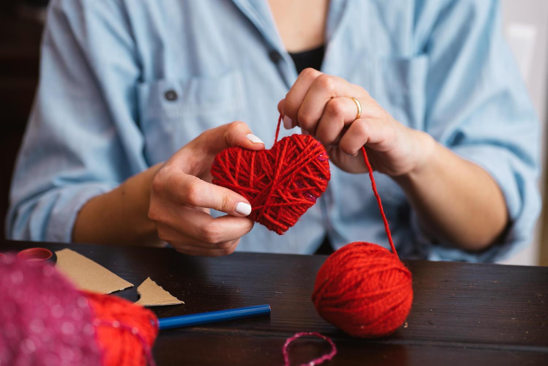 Из хобби в бизнес: 5 видов рукоделия, на которых можно заработать
