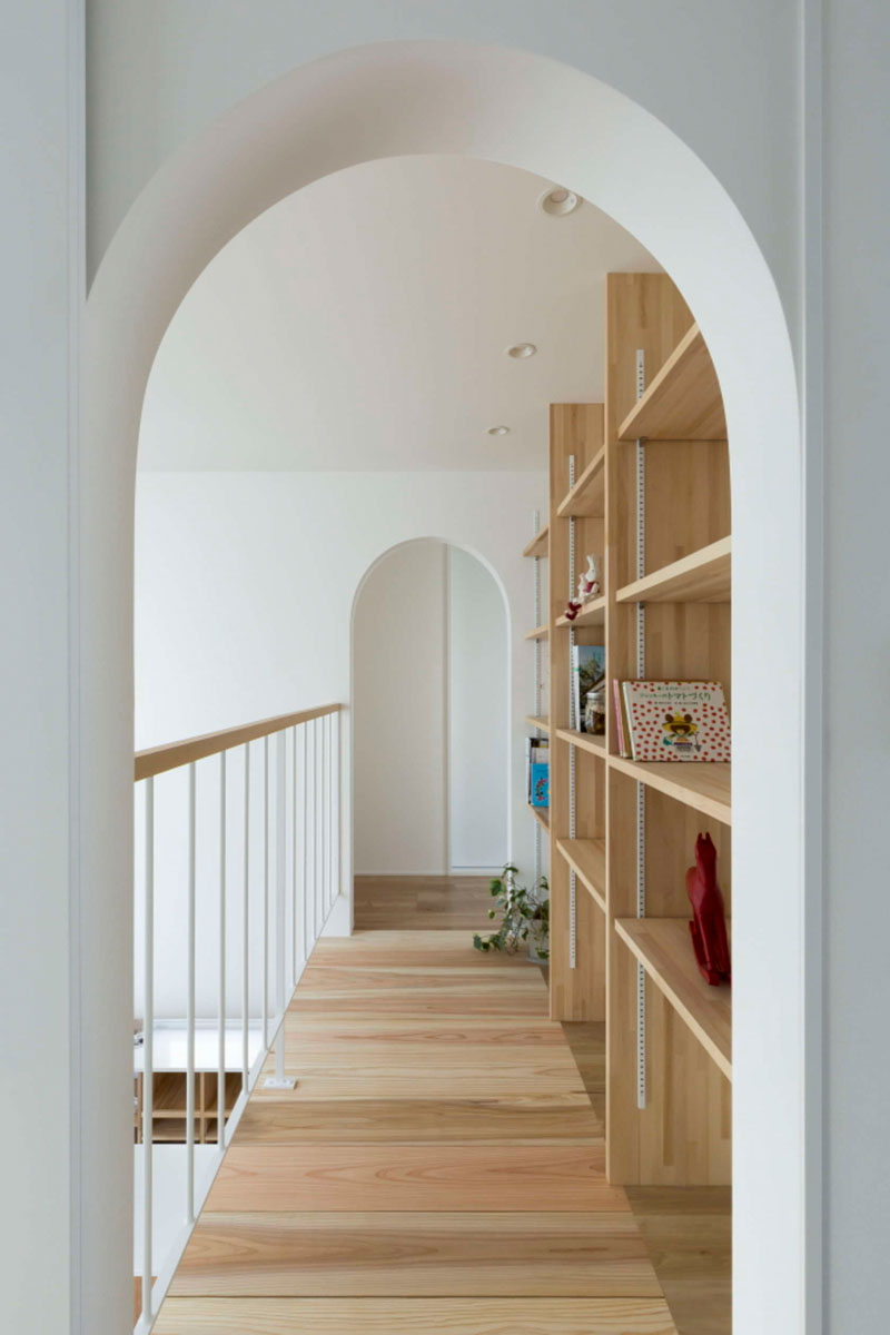 Арки в интерьере дома: балкон