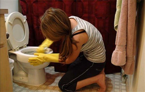 Как очистить унитаз от налет…